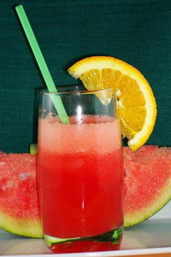 Арбузное солнце - освежающий напиток в летний день. Фото: Сандра ШИЛДС/Великая Эпоха /The Epoch Times