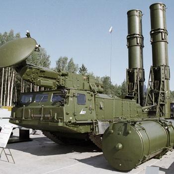 Ракетно-зенитный комплекс С-300В. Фото РИА Новости