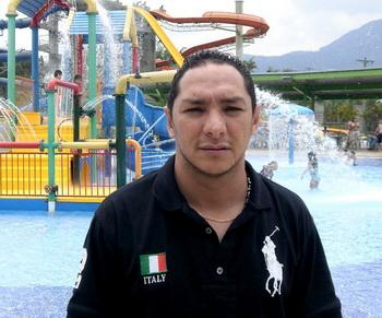 Александр Кардона Атехортуа, Итагуи, Колумбия. Фото с сайта theepochtimes.com