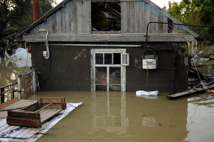 Наводнение в Краснодарском крае. Фото: MIKHAIL MORDASOV/AFP/Getty Images
