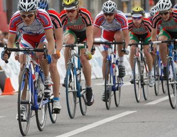 Участники последнего этапа велогонки
