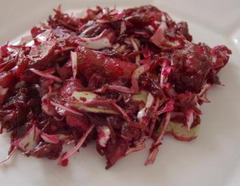 Худеем, не голодая.  Салат из свеклы и селедки. Фото: Хава ТОР/Великая Эпоха