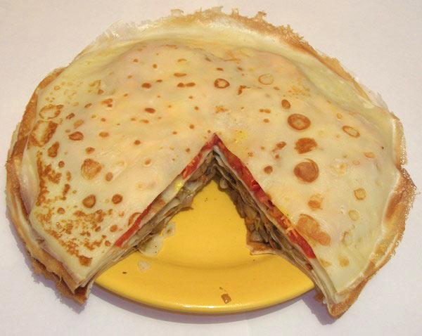 Торт из блинов или «Грибное чудо». Фото: Каролина Нагорнюк/Великая Эпоха (The Epoch Times)