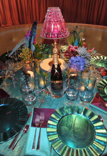 Презентация блюд, предварительная сервировка стола, подготовленные для участников церемонии  вручения кинопремии «Оскар», 9 февраля 2011, Беверли Хиллз, Калифорния. Фото: Alberto E. Rodriguez/Getty Images