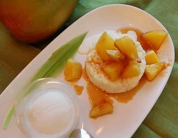 Десерт из риса и манго. Фото: Наталья Орьен/Великая Эпоха