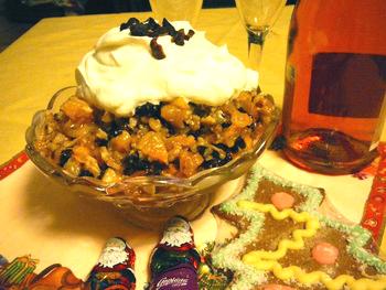 Новогодний салат под шампанское. Фото: Лариса Чугунова/Великая Эпоха/The Epoch Times, Латвия
