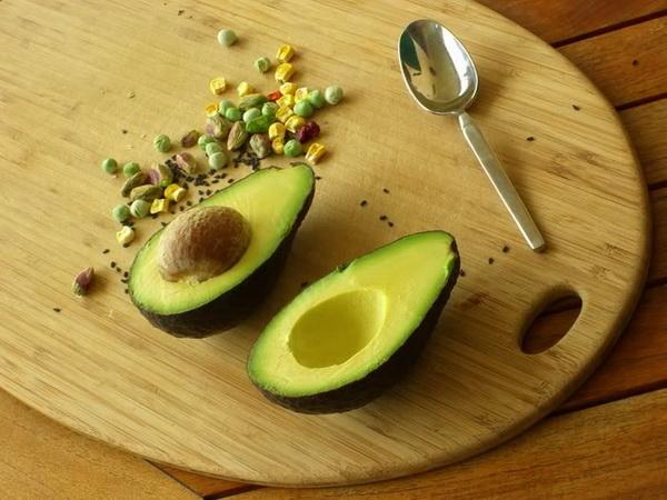 1.Трюфеля из авокадо. Фото с сайта ba-bamail