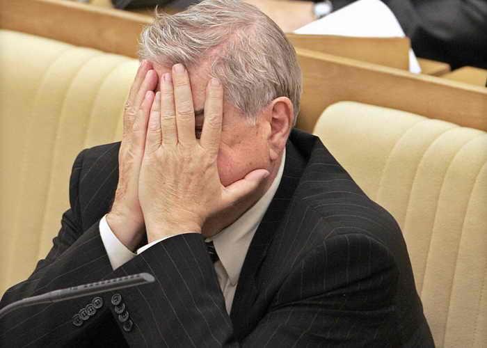 Затраты на содержании аппарата Госдумы снижаются?. Фото: YURI KADOBNOV/AFP/Getty Images