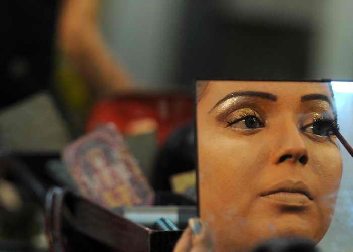 Медики выявили новый вид зависимости — от красоты. Фото: PUNIT PARANJPE/AFP/Getty Images