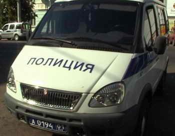 В Свердловской области на трассе неизвестным лицом обстрелян пассажирский автобус. Травму получил только водитель. Полиция проводит расследование. Фото: mvd.ru