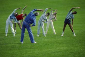Британские медики, проведя ряд исследований в области лечения синдрома хронической усталости, пришли к выводу об умеренной эффективности в лечении терапией ступенчато меняющихся упражнений (ТСУ)  и терапией познавательного поведения (ТПП). (Photos.com)