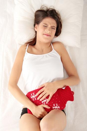 Домашние рецепты от менструальных болей.Фото с epochtimes.com