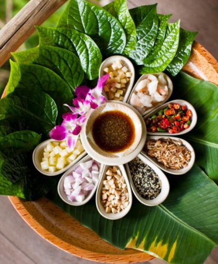 В Таиланд за здоровьем. Тайский завтрак это экзотические фрукты, гарнир из местных злаковых и морепродукты. Фото: Matthew Wakem/Getty Images