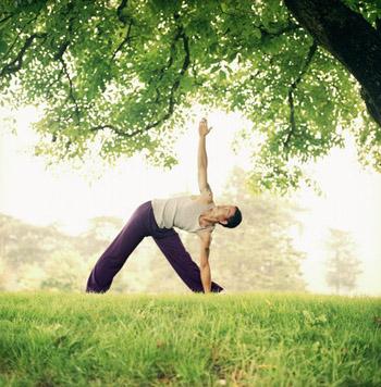 Физическая активность является одним из необходимых факторов для похудания. Фото: Lauren Burke/Getty Images