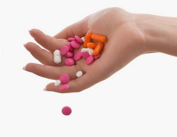 Частое употребление снотворных препаратов повышает риск внезапной смерти в ближайшие 2,5 года в 4,6 раза. Фото: Glow Images/Getty Images