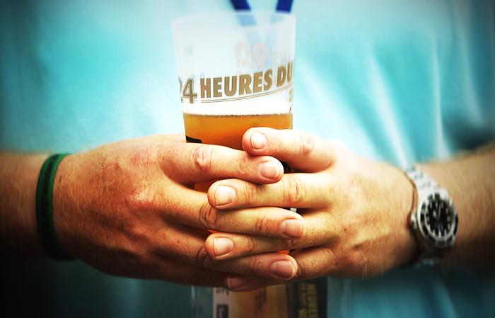 О том, что алкоголь нарушает высшие функции мозга, известно давно. Фото: Ker Robertson/Getty Images