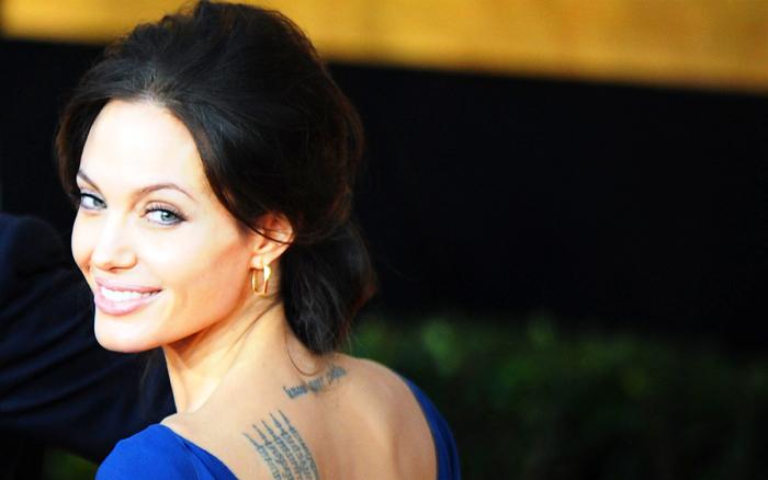 Анджелина Джоли перенесла хирургическую операцию по удалению обеих молочных желёз, несмотря на то, что у неё не было рака груди. Фото: JEWEL SAMAD/AFP/Getty Images