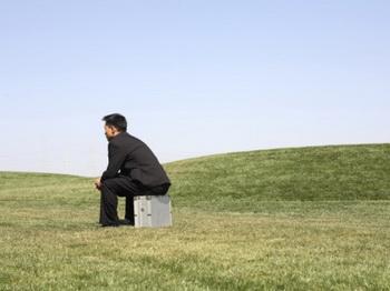 Длительное действие гормонов стресса может привести к возникновению психосоматических заболеваний. Фото: John Pickelle/Getty Images