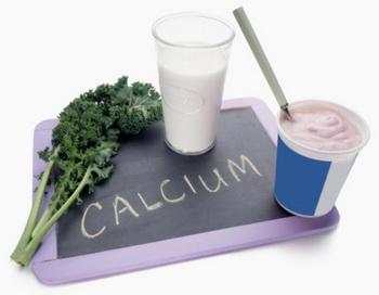 Обычно кальций мы получаем из молочных продуктов, из которых он усваивается достаточно хорошо. Но это не единственный источник. Фото: Steve Wisbauer/Getty Images