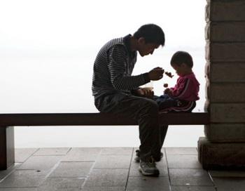 Детские воспоминания об отце влияют на способность мужчин побеждать стресс. Фото: Robert Van Der Hilst/Getty Images