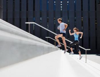 Да, самый простой и традиционный бег трусцой может оказаться волшебной палочкой. Фото: Paul Bradbury/Getty Images