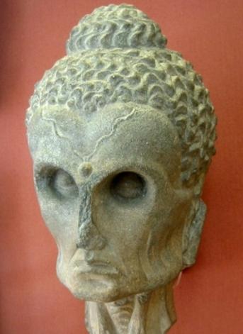 Сиддхарта, позднее названный Буддой во времена аскезы, до того, как он осознал срединный путь. Фото: GNU/FDL WIKIMEDIA COMMONS