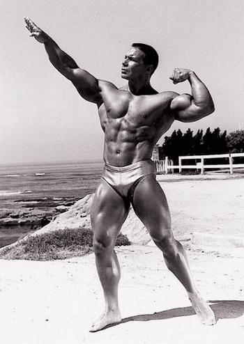 Билл Перл, обладатель титула «Мистер Вселенная» 1971 года, является вегетарианцем. Фото: max-body.ru