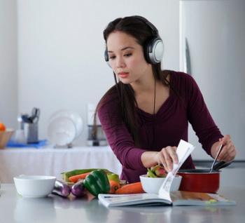 Вегетарианство способно защитить людей от болезней цивилизации. Фото: Asia Images Group/Getty Images