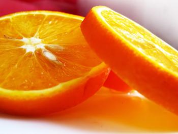 Апельсины среди фруктов и цитрусовых занимают первое место по сытости. Фото: wallpapers.free-review.net