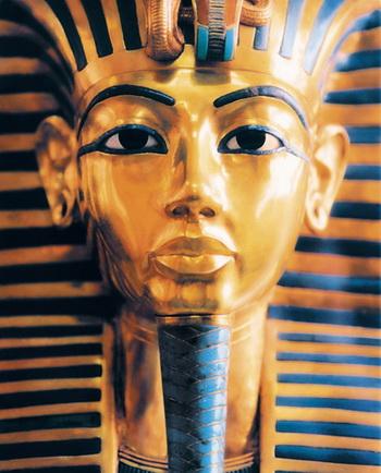 Египтяне использовали свинец при приготовлении смесей для макияжа, который обладал  целительными свойствами. Фото: Ian McKinnell/Getty Images