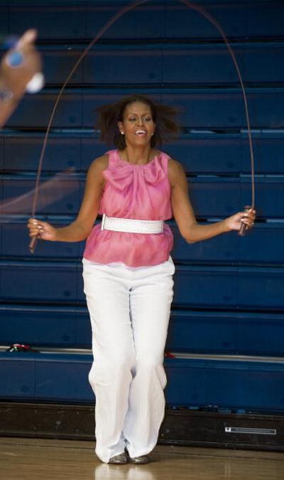 Первая леди США заботится о здоровье нации. Фоторепортаж. PAUL J. RICHARDS/AFP/Getty Images