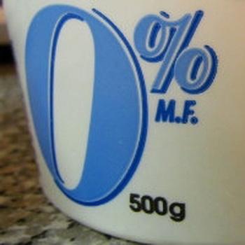 Обезжиренные молочные продукты не приносят пользу. Фото с сайта  ruskline.ru