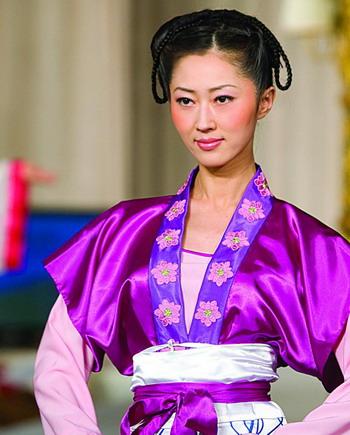 Пять тысяч лет небесной культуры. Китайская одежда. Фото с сайта theepochtimes.com