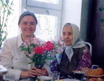 Помогать другим - полезно. Фото: miloserdie.ru