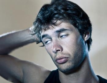 Если человек не поспит одну ночь, он почувствует раздражительность, и на протяжении следующего дня его будет беспокоить усталость. Фото: CW Hanley/Getty Images