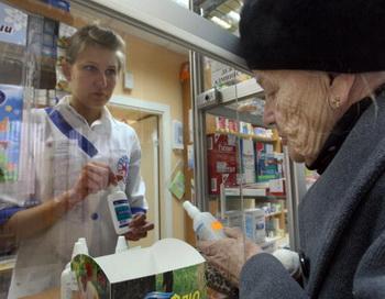 Несмотря на сокращение списка обязательных лекарств, покупатели не останутся в проигрыше. Фото: AFP/Getty Images