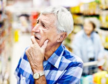 Болезнь Альцгеймера обусловлена возрастными дегенеративными процессами в головном мозге, в результате чего возникает снижением умственных способностей. Фото: Don Bayley/Getty Images.