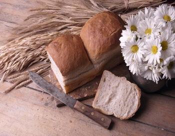 Клейковина. Многие пациенты с тиреоидитом Хашимото чувствительны к клейковине, компоненту многих зерен. Фото: Photos.com.