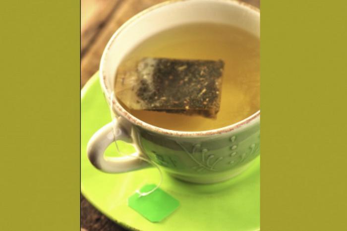 Кофеинсодержащие напитки помогают вывести лишнюю жидкость из организма, которая приводит к мешкам под глазами. Фото: Kasiam/photos.com