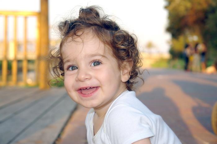 Счастливые в детстве люди чаще подвергаются депрессии. Фото: morguefile.com