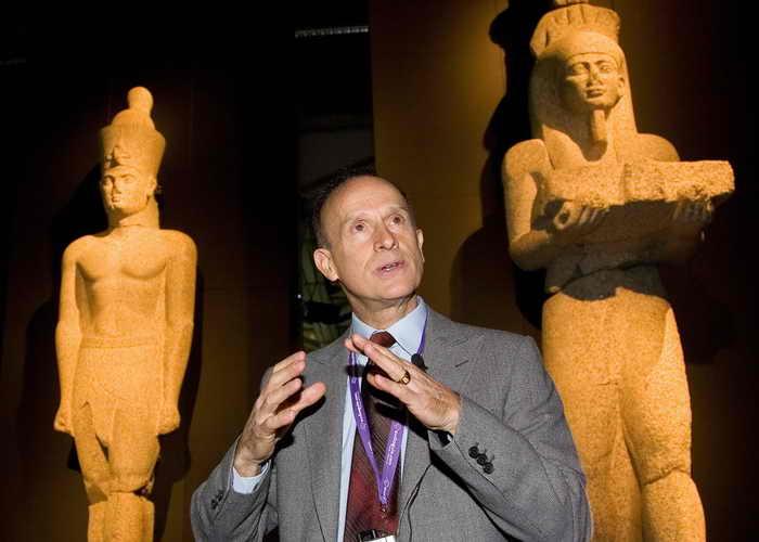 С творческим исследовательским подходом археолог Франк Годдио и его команда IEASM (Европейский институт подводной археологии) определили местоположение и нашли древний египетский город Гераклион. Фото ANGEL NAVARRETE/AFP/Getty Images