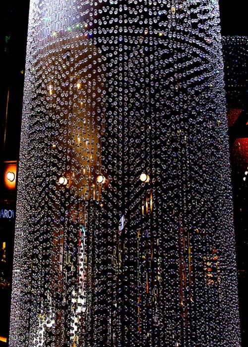 Стеклянные шторы в интерьере. Фото: Sheila Sund/flickr.com