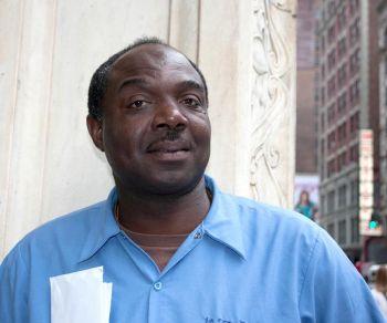 Маунт-Вернон, Нью-Йорк, США Майкл Митчелл, 47 лет, водитель курьерской службы