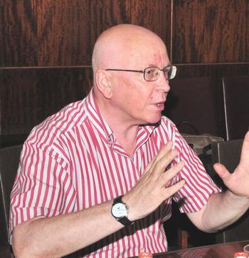 Геннадий Смирнов, заместитель председателя Союза театральных деятелей Российской Федерации. Фото: Александр Черницкий