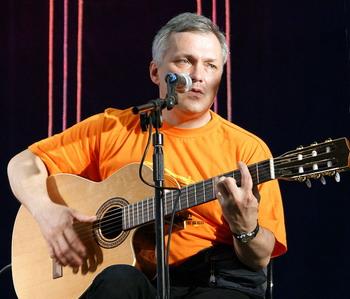 Олег Медведев, автор-исполнитель. Фото: arvegger