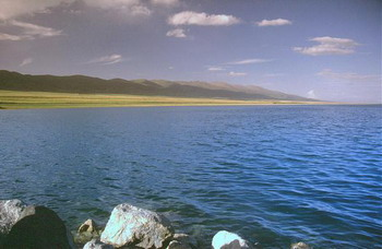 Озеро Кукунор ( китайское название Цинхай). Фото с сайта wikimapia