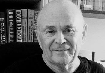 Яков Лах, переводит стихи с русского на иврит и обратно. Фото: Сусанна Лах