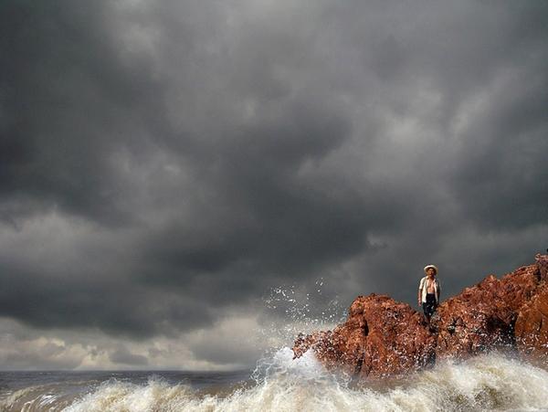 Тропический шторм «Меги» свирепствует в китайской провинции Фуцзянь. Октябрь 2010 год. Фото: AFP