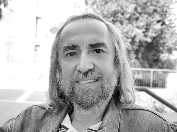 Владимир Ханан, поэт, писатель, историк, художник. Фото: Хава ТОР/Великая Эпоха