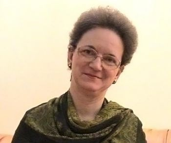 Христина Пупаза, 53 года, преподаватель английского языка. Гура - Хуморулуй, Румыния. Фото с сайта: theepochtimes.com